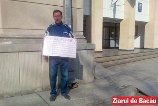 Greva foamei în fața Tribunalului