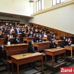 """Colegiul """"Ferdinand I"""" din Bacău aniversează 150 de ani cu YoungCoderCamp, un concurs de informatică cu 100 de participanți"""