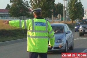 Patru polițiști din Bacău au denunțat doi mituitori, care au fost prinși în flagrant delict