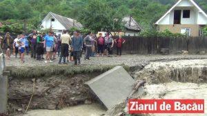 Guvernul alocă bani pentru refacerea malului pârăului Oituz în regim de urgență