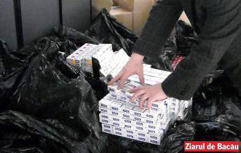 Prinși cu peste 7600 de pachete de țigări de contrabandă în mașini