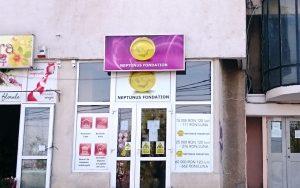 Firmă de creditare sau joc de tip Caritas? Neptunus Fondation, reclamată la Protecția Consumatorilor Bacău