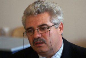 TOP 10 – Cei mai bine plătiți șefi de instituții și societăți de stat din Bacău și averile lor