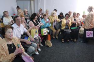 Au fost deschise două noi centre de zi pentru pensionarii băcăuani