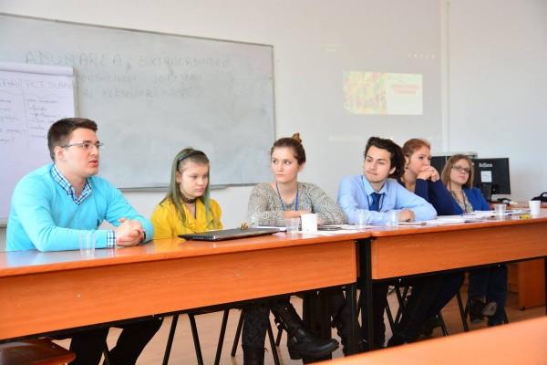 cristian ghinghes consiliul elevilor - poza 2