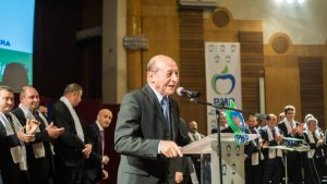 Miting electoral: Traian Băsescu a lansat candidații Partidului Mișcarea Populară Bacău