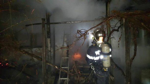 incendiu-blagesti-3