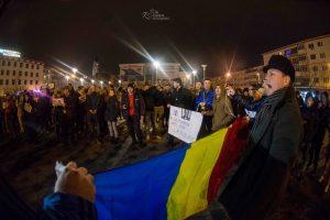 """Se organizează un protest, în Bacău: """"Ieșiți în stradă, România moare!"""""""