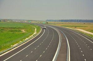 CNSC a suspendat licitația pentru tronsonul Bacău – Paşcani din autostrada A7
