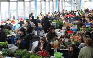 Consilierii PNL vor să înlesnească condițiile de închiriere a spațiilor comerciale din Piața Centrală