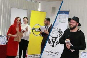 Silvia Crețu Gherguț și Adi Chirilă au primit trofeele Galei Tinerilor Antreprenori Băcăuani 2017