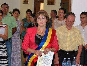Veronica Donțu, trimisă în judecată pentru abuz în serviciu. Primărița din Tamași ar fi retrocedat ilegal un teren, iar paguba ar fi de 1,9 milioane USD