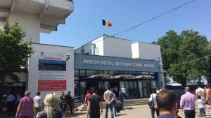 """Șefii Aeroportului din Bacău cumpără bilete de avion la suprapreț, prin intermediul """"băieților deștepți"""" din turism"""