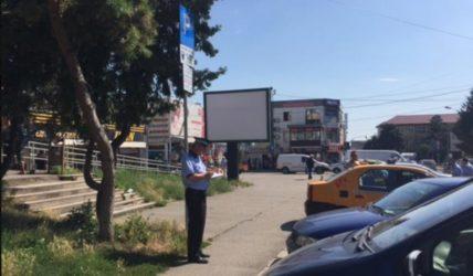 Peste 70 de amenzi pentru șoferii care și-au lăsat mașinile parcate aiurea. Poliția Locală va extinde acțiunile!