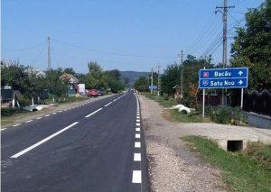 FOTO: Se asfaltează 21 km din Bacău-Vaslui, prin Secuieni și Plopana. O porțiune este deja finalizată