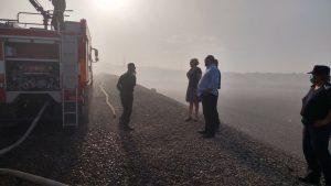 Incendiul de la groapa de gunoi, declarat stins după 18 zile. Ancheta promisă încă nu a început!