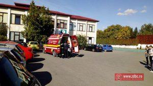 Elev luat cu targa de la Scoala A.I. Cuza, din Bacău. Băiatul s-a accidentat în timpul orei de educație fizică
