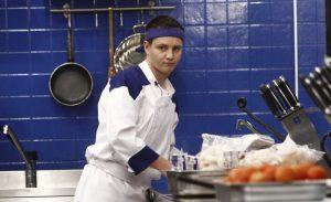 Tânărul care a omorât în bătaie o femeie din Onești e câștigătorul primei ediții a emisiunii Hell's Kitchen