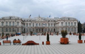 Palatul Administrativ din Bacău își schimbă proprietarul. Planurile Consiliului Județean pentru clădirea de patrimoniu